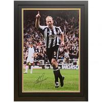 Newcastle United FC Shearer Signed Framed Print