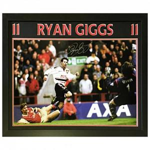 Manchester United FC Giggs Signed Framed Print 2